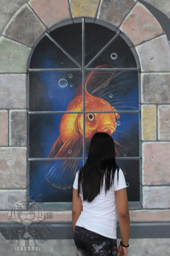 """There are 3d paintings on the museum walls. It seems like a """"free taste"""" for the people to experience 3d paintings."""