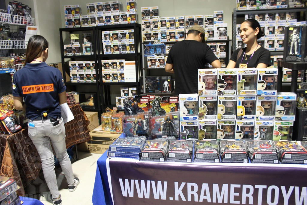 Kramer: Toy Warden Collectibles Store.