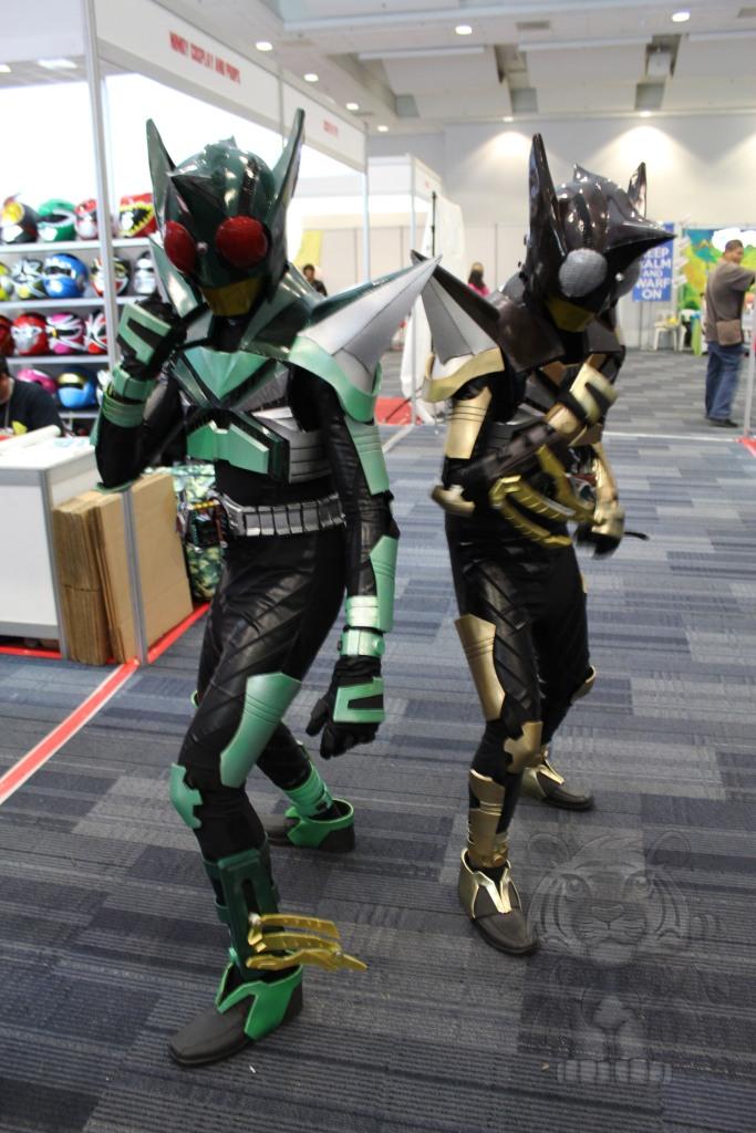 Kamen Rider Kickhopper and Kamen Rider Punchhopper.
