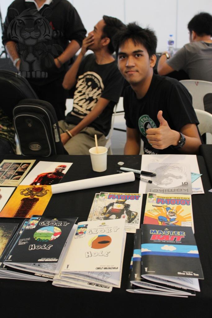 Carlo Valenzuela and his comics.