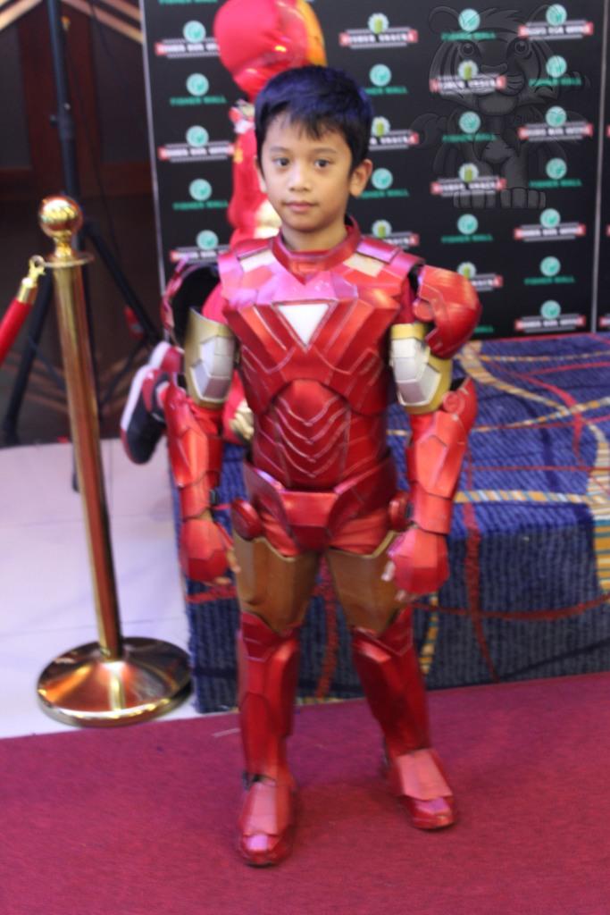 Ironman kid cosplayer.