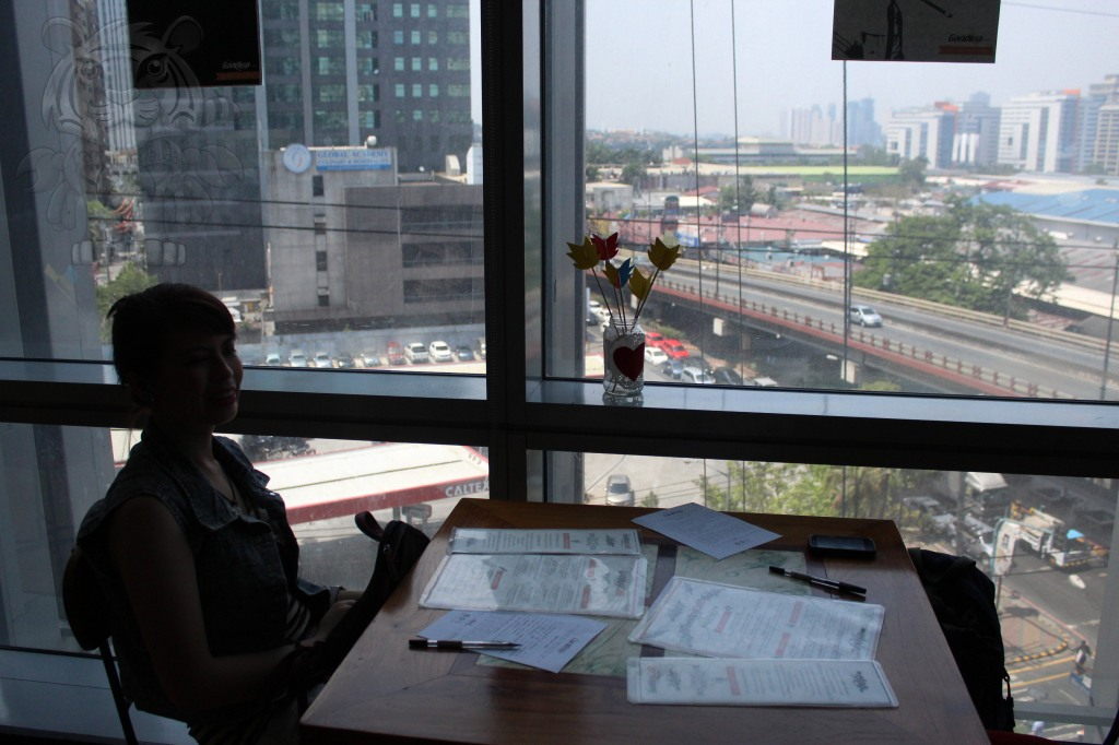 The cafe is located on the 7th floor. There's a table where you can eat while taking a view of a portion of the Ortigas Central Business District.