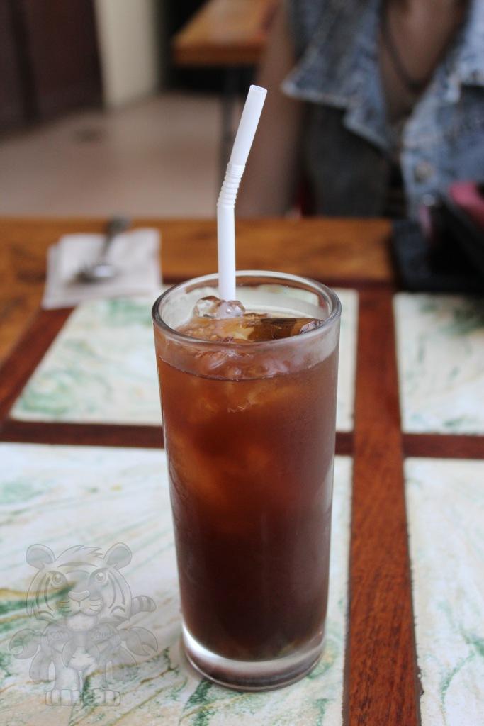 I ordered an unusual houseblend Kamote-mansi tea. It tastes great.