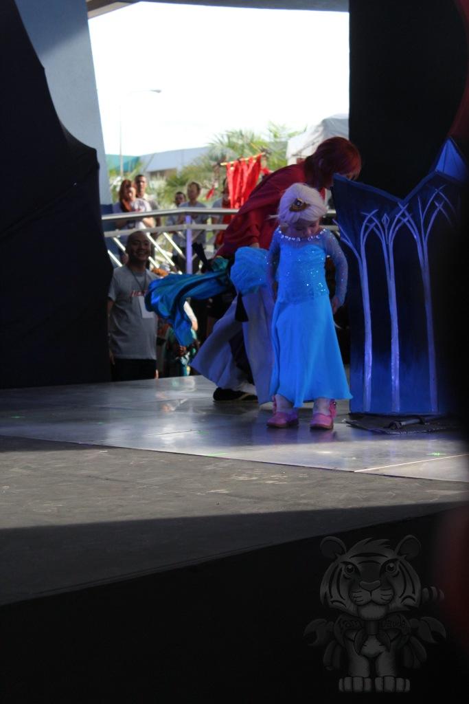 Elsa of Frozen.