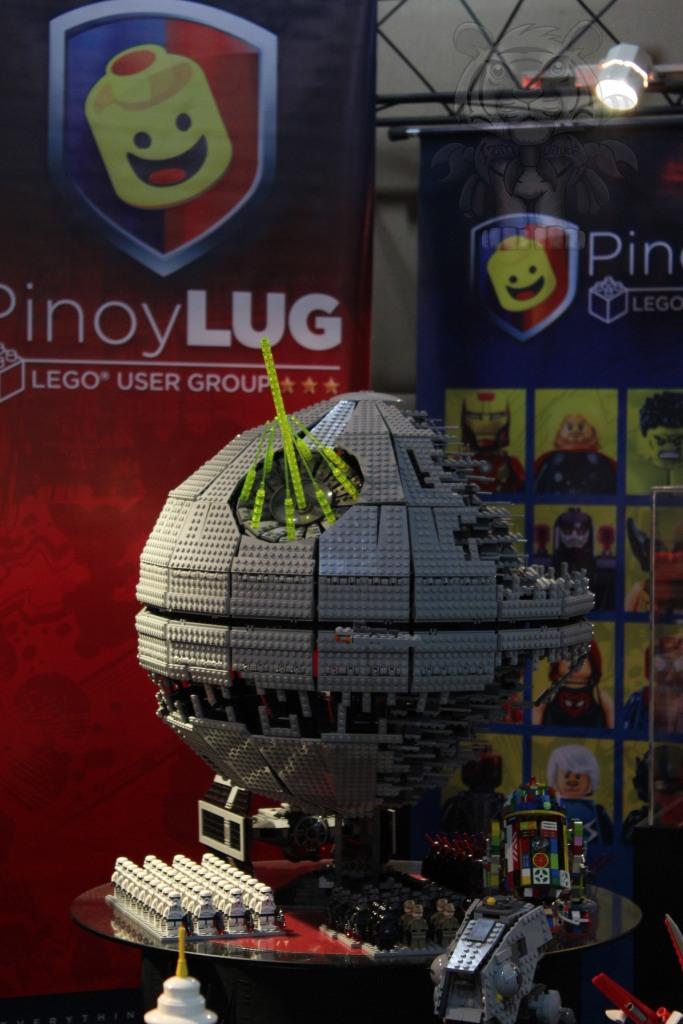 A Lego Deathstar