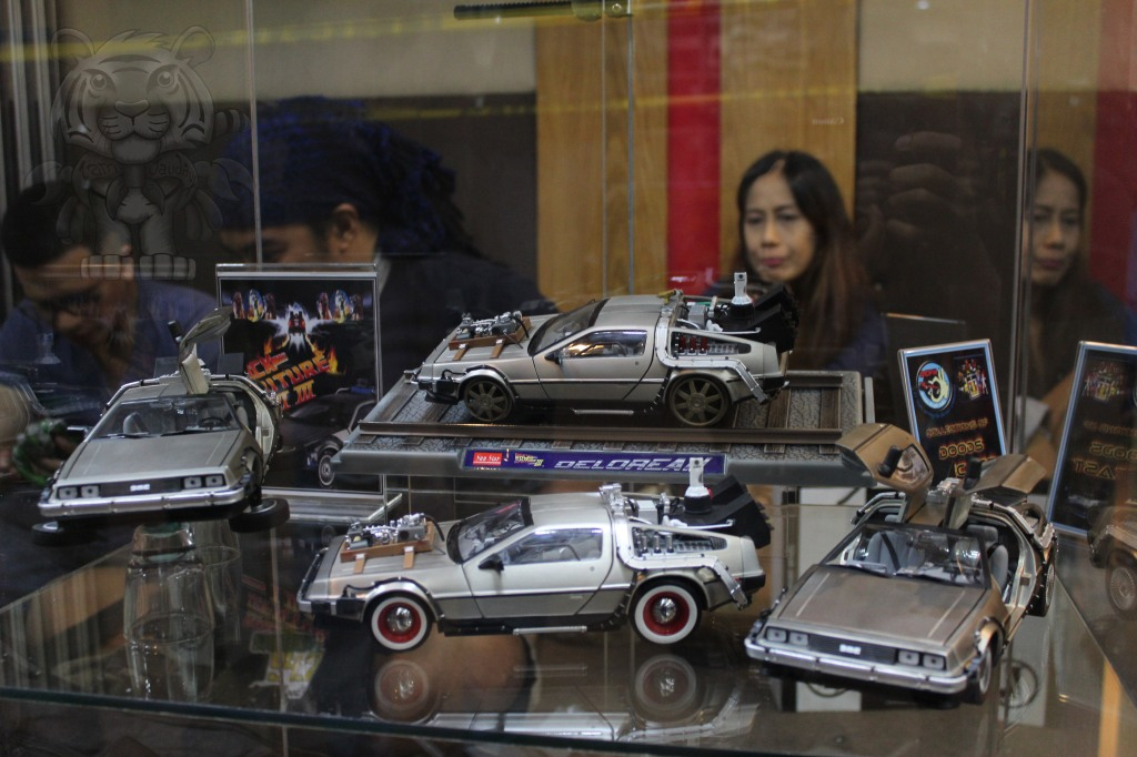 Back To The Future's Delorean DMC-12s